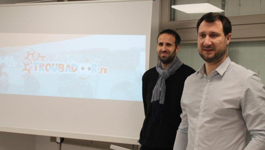 Maxime Rous, graphiste, et Fabien Lacaze, installés au pôle économique avec leur micro-entreprise Obelio chargée notamment de créer des sites internet.