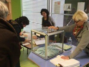 Primaire de la gauche : large victoire de Hamon, candidat du PS à la présidentielle