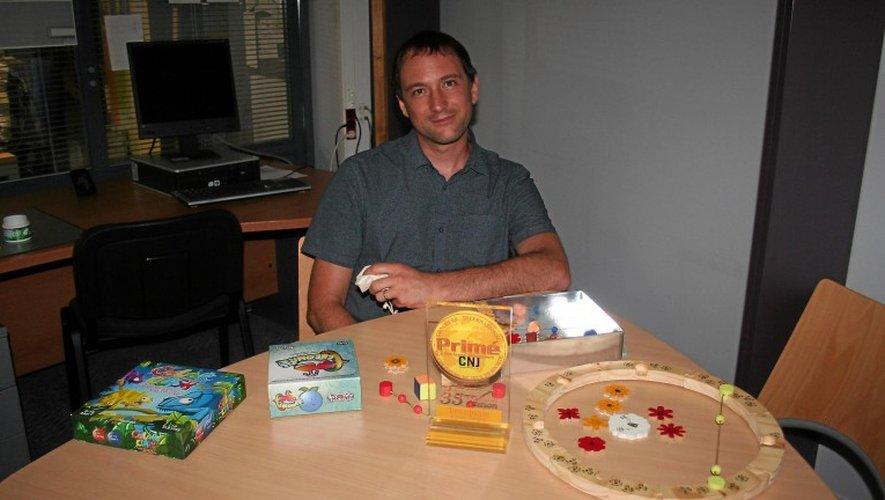 Fabien Tanguy avec quelques-unes de ses créations