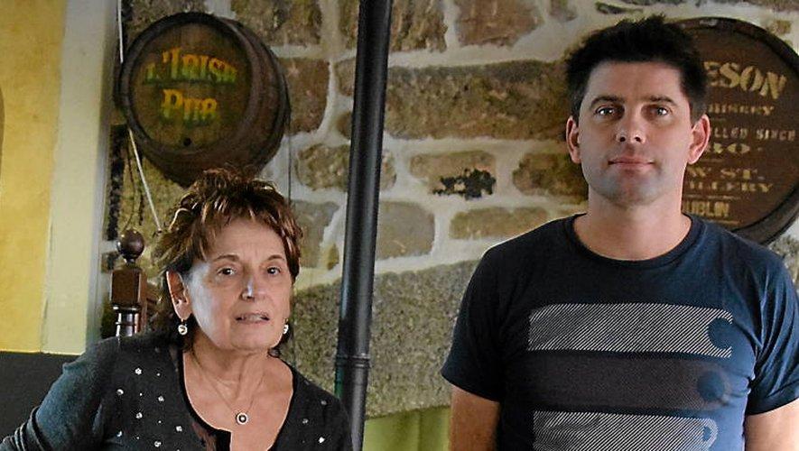 Frédo avec sa maman Simone.