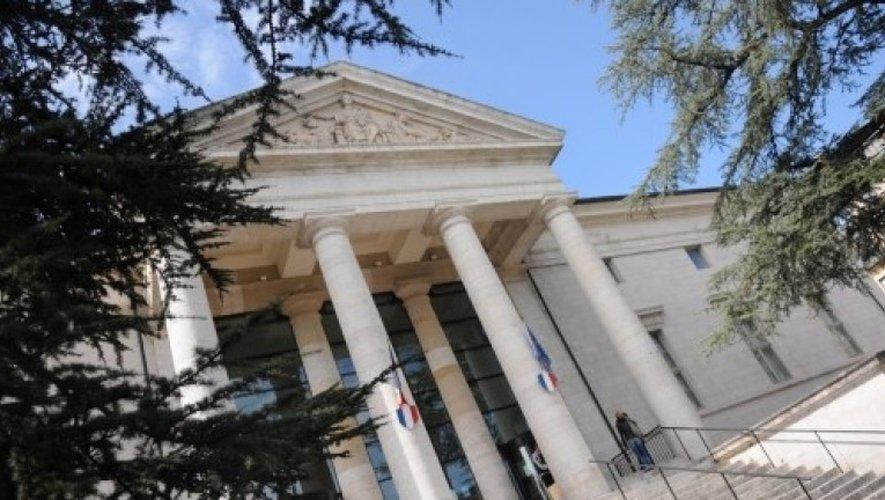 Le tribunal de Rodez a condamné l'homme de 45 ans à six mois de prison ferme.