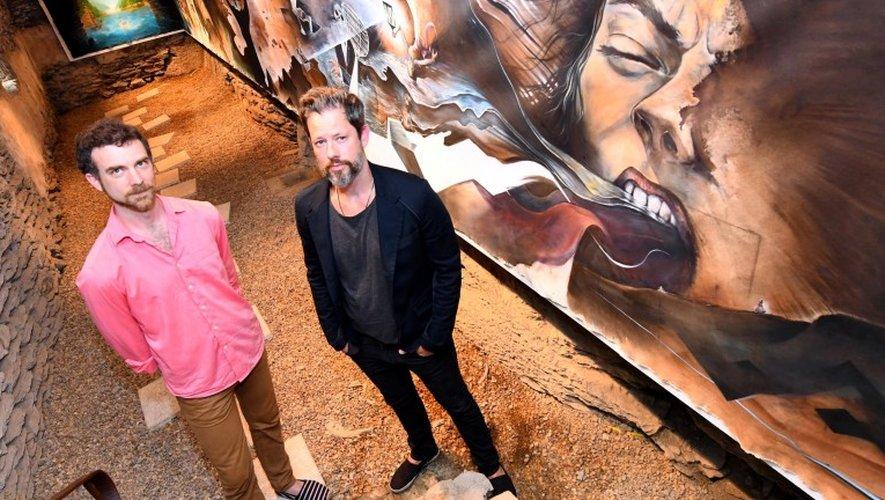 Le vernissage de l'exposition a eu lieu vendredi soir en présence de deux artistes.