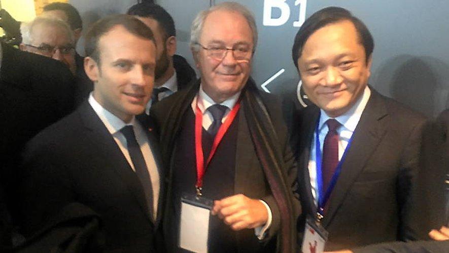 Jacques Godfrain et Emmanuel Macron, retrouvailles en Chine.