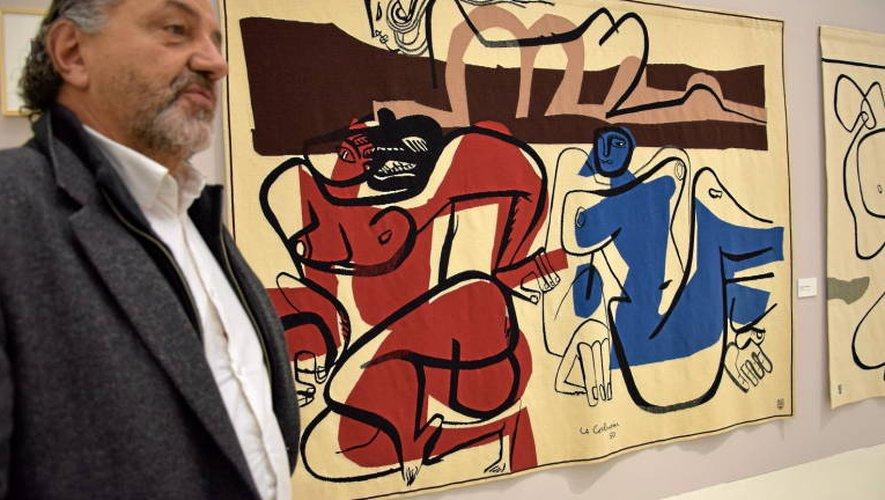 L'architecte et commissaire de l'exposition, Jacques Sbriglio.