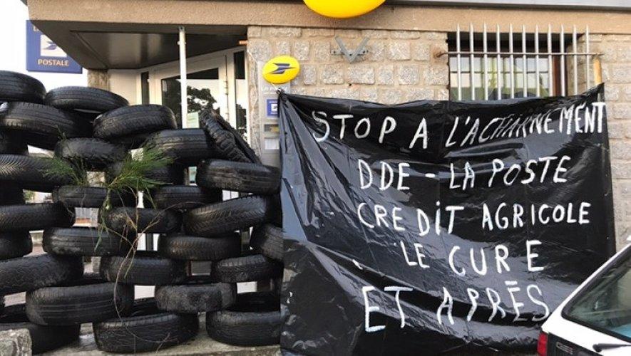 Services de proximité : à Saint-Amans-des-Cots, les barrages de la colère