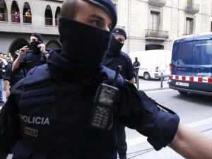 Espagne : la traque se poursuit pour retrouver l'un des derniers membres de la cellule jihadiste