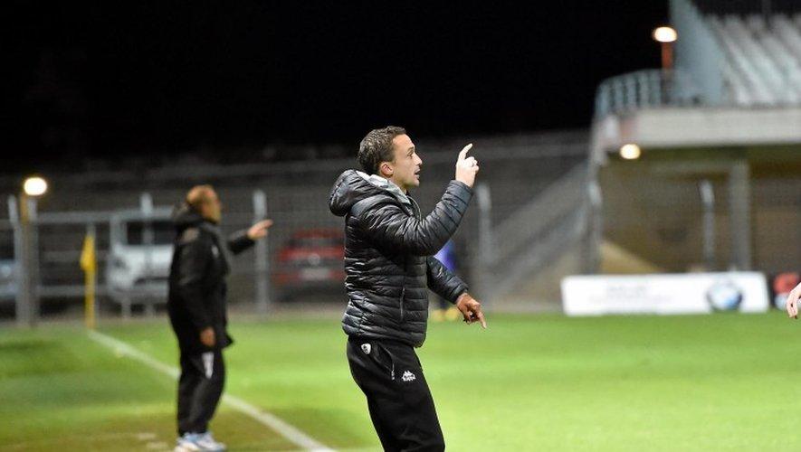 Ex-attaquant du FC Nantes, comme le coach ruthénois Laurent Peyrelade, Pierre Aristouy est l'entraîneur de Mont-de-Marsan depuis 2014.Archives JLB