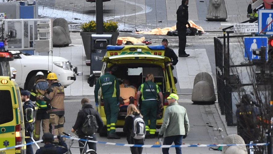 Suède : plusieurs morts dans un attentat au camion bélier à Stockholm