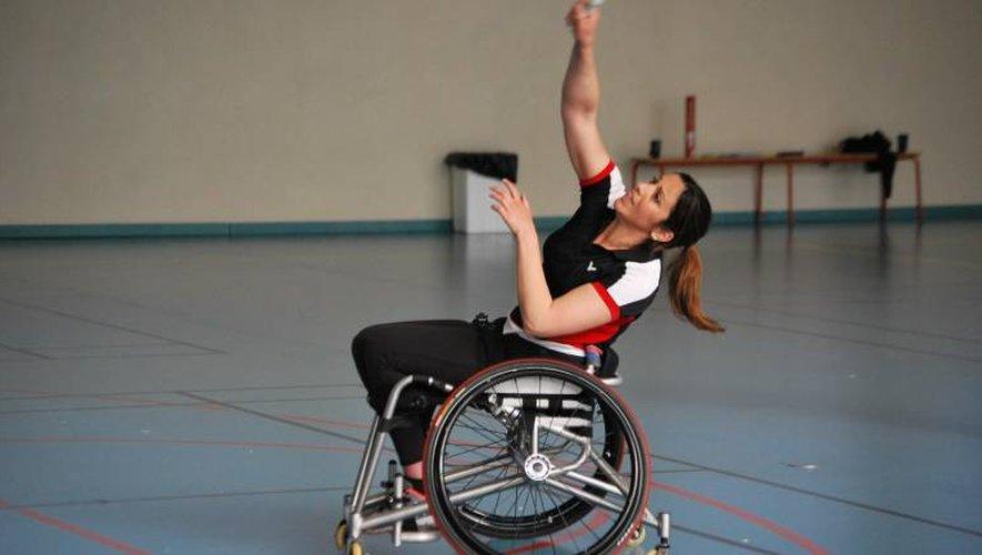 La Tarbaise Emmanuelle Ott fait partie des meilleures joueuses françaises de para-badminton.  Elle sera d'ailleurs une chance de médaille pour la France lors du championnat d'Europe qui aura lieu à Rodez du jeudi 1er