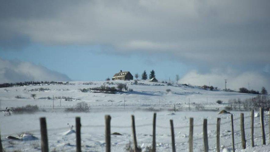 En cumul, Météo France prévoit jusqu'à 30 centimètres de neige «legère» sur l'Aubrac.