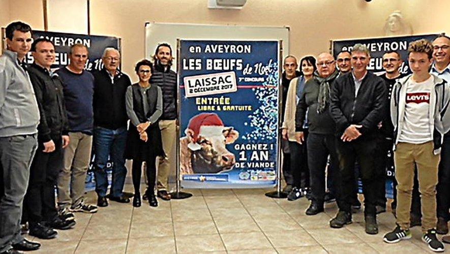 Au côté du maire Claude Salles, toute l'équipe d'organisation, qui a préparé ce septième concours-vente, donne rendez-vous le 2 décembre..
