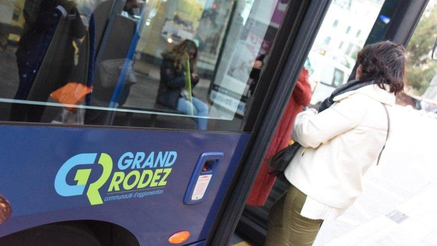 Des postes de conducteurs de bus sont à pourvoir.