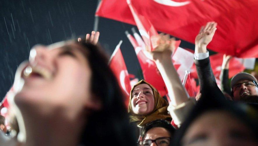 Le président turc Recep Tayyip Erdogan a certes obtenu le «oui» qu'il recherchait au référendum sur le renforcement de ses pouvoirs.