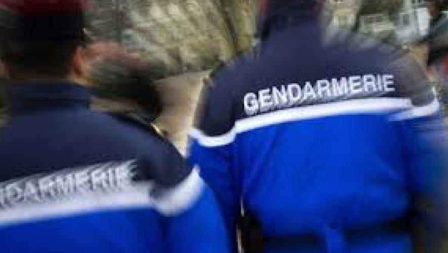 Les gendarmes cherchent à identifier les deux personnes qui sont intervenues avant l'arrivée des secours.