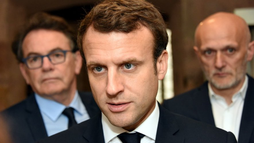 Emmanuel Macron rime avec Aveyron.