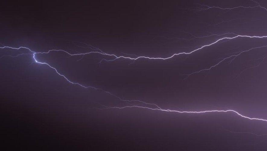Météo : 19 départements en alerte aux orages, l'Aveyron en sursis