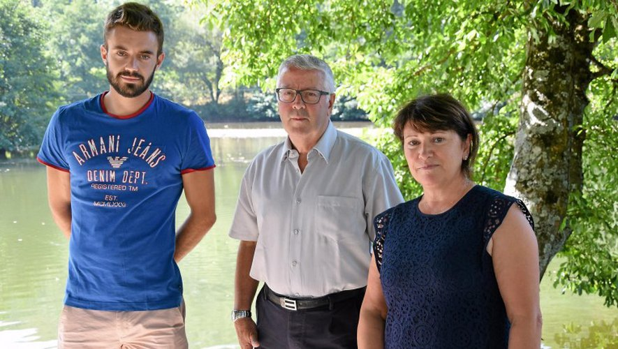 Hugo Bobek, animateur municipal, Michel Mazars, adjoint aux sports et Monique Bultel-Herment, première adjointe.
