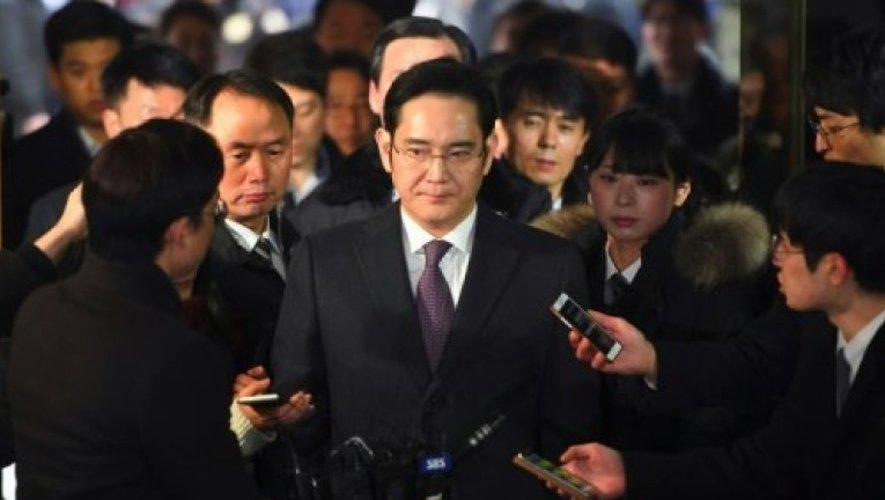 L'héritier de l'empire Samsung, Lee Jae-Yong, à son arrivée au tribunal le 18 janvier 2017 à Séoul.