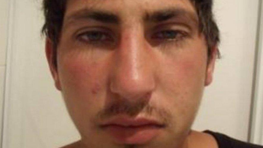 L'identité du jeune homme qui ne s'exprimait que par des grognements est désormais connue