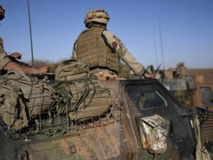 Mali : un soldat français tué dans un «accrochage avec des terroristes»