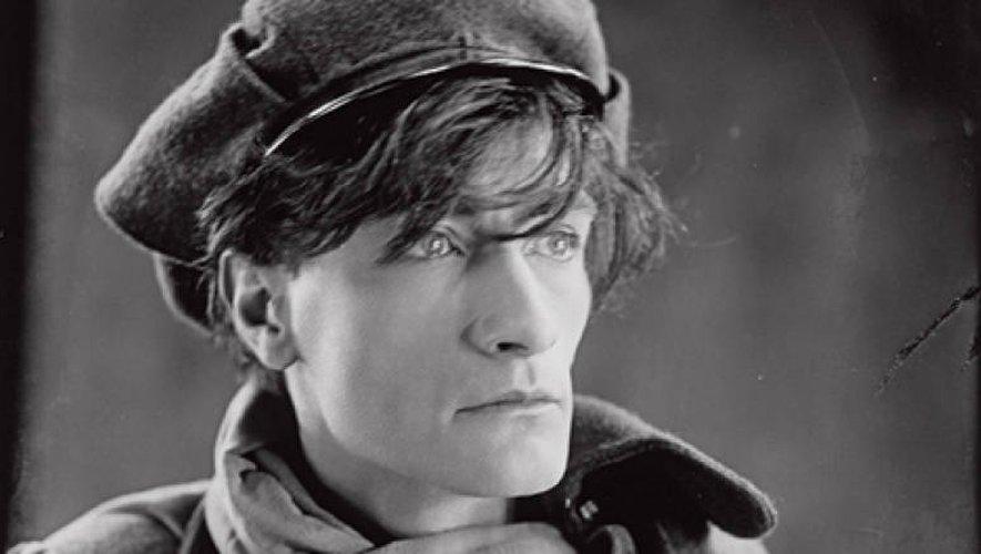 Artaud a été interné à l'asile de Rodez entre 1943 à 1946.