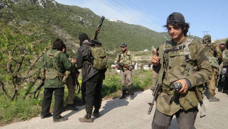 Un groupe de rebelles le 23 mars 2014 à Kassab en Syrie