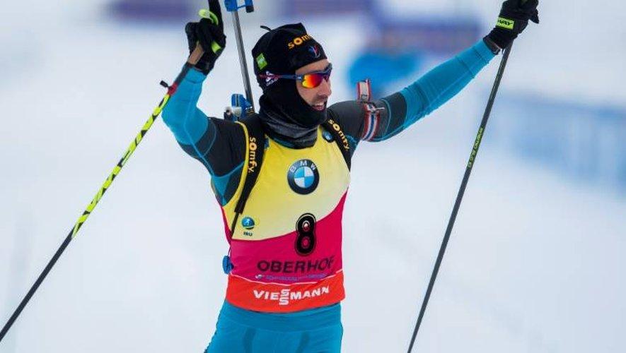 Le biathlète français Martin Fourcade vainqueur de la poursuite d'Oberhof, le 7 janvier 2017