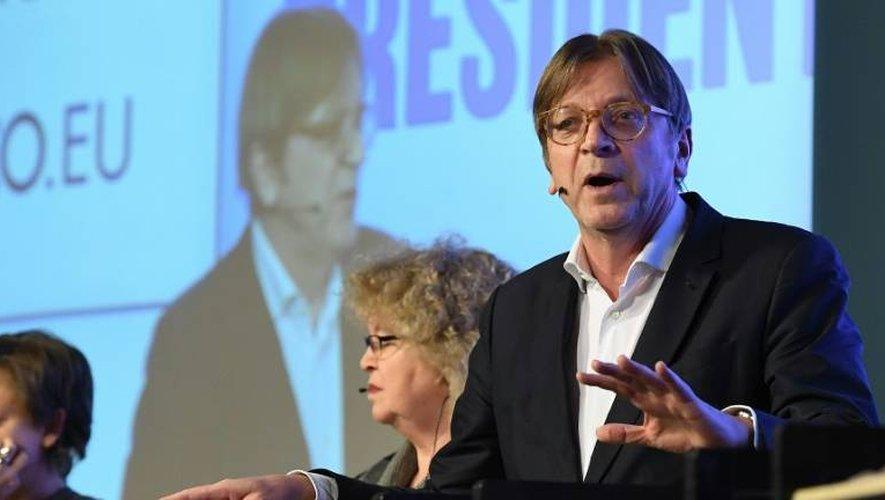 Guy Verhofstadt (d), lors d'un débat avant l'élection du nouveau président du Parlement européen, le 11 janvier 2017 à Bruxelles