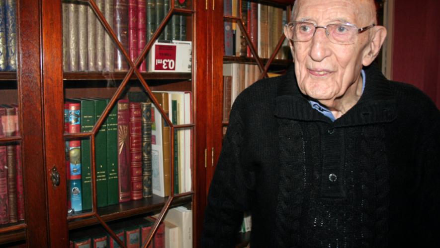 Robert Taussat s'est éteint vendredi. Il avait 96 ans. Ses obsèques seront célébrées ce mardi 3 janvier à 15 heures, à la cathédrale de Rodez.