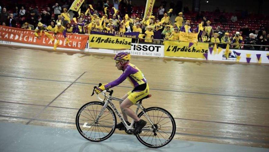 Robert Marchand le 4 janvier 2017 sur vélodrome national de Saint-Quentin-en-Yvelines