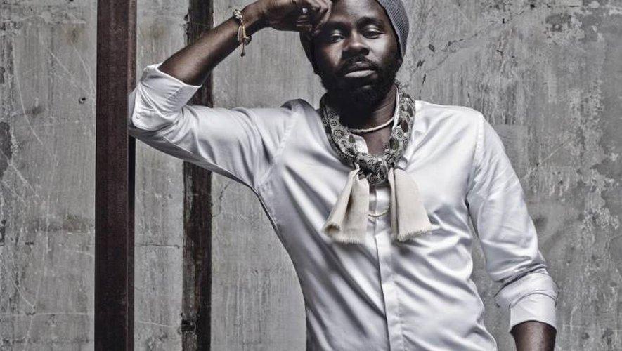 """Féfé revient mi-février avec son troisième album solo, """"Mauve""""."""