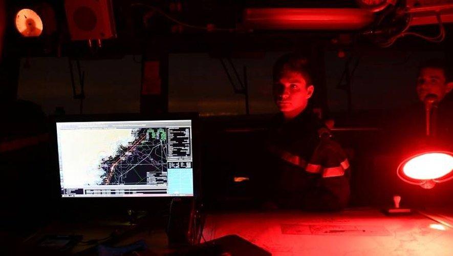 Des soldats de la Marine nationale à bord du Jacoubet, un Aviso équipé de 90 marins, en mission en Méditerranée le 10 janvier 2017