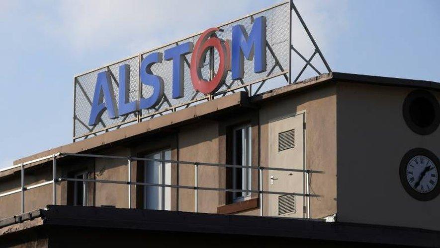 Le logo d'Alstom sur l'usine de Reichshoffen, le 19 décembre 2016