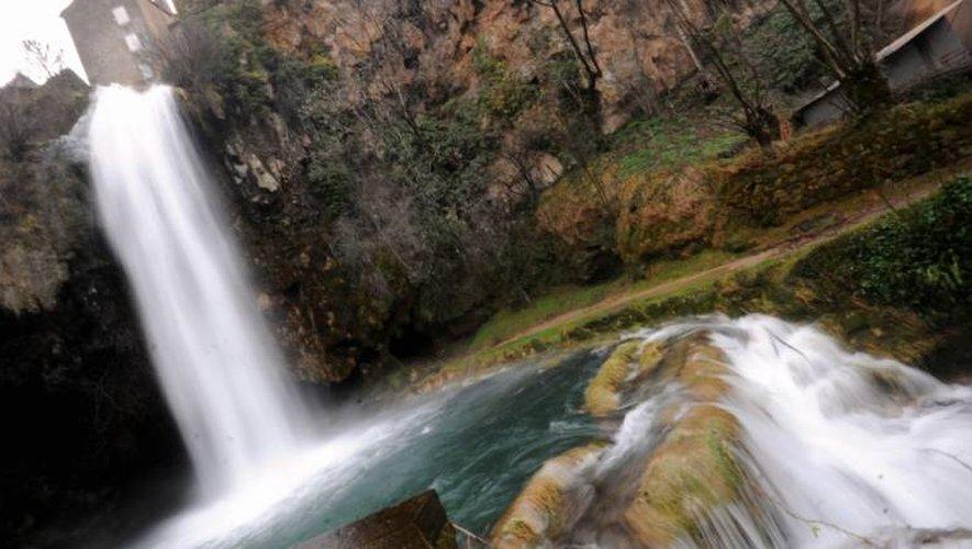 La cascade continue, aujourd'hui encore, d'être exploitée par la Société hydroélectrique de la vallée de Salles-la-Source.