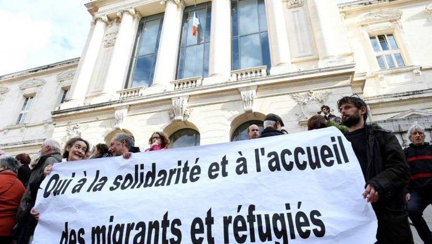 Manifestation de soutien à Pierre-Alain Mannoni devant le palais de justice le 23 novembre 2016 à Nice