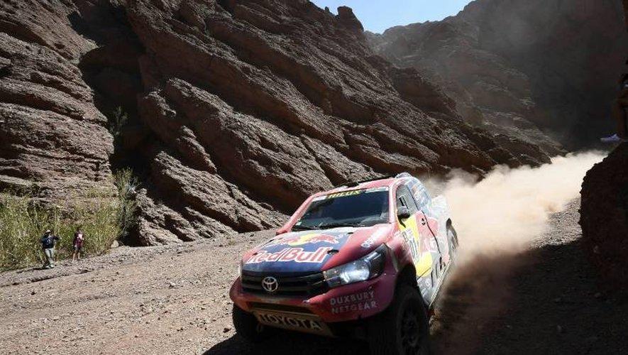 Nasser Al-Attiyah au volant de sa Toyota N.301 lors de la 3e étape du Dakar, vers San Salvador de Jujuy, le 4 janvier 2017