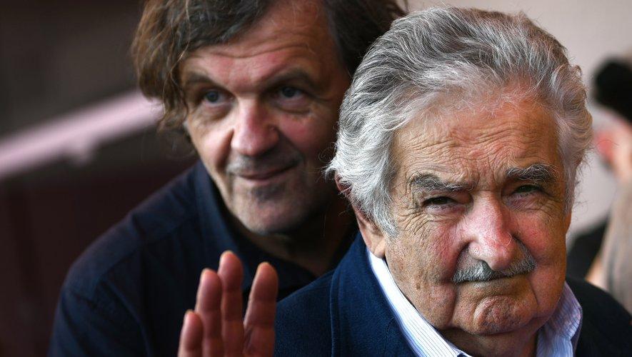 """Emir Kusturica (à gauche) et l'ancien président de l'Uruguay Jose """"Pepe"""" Mujica à la Mostra de Venise"""