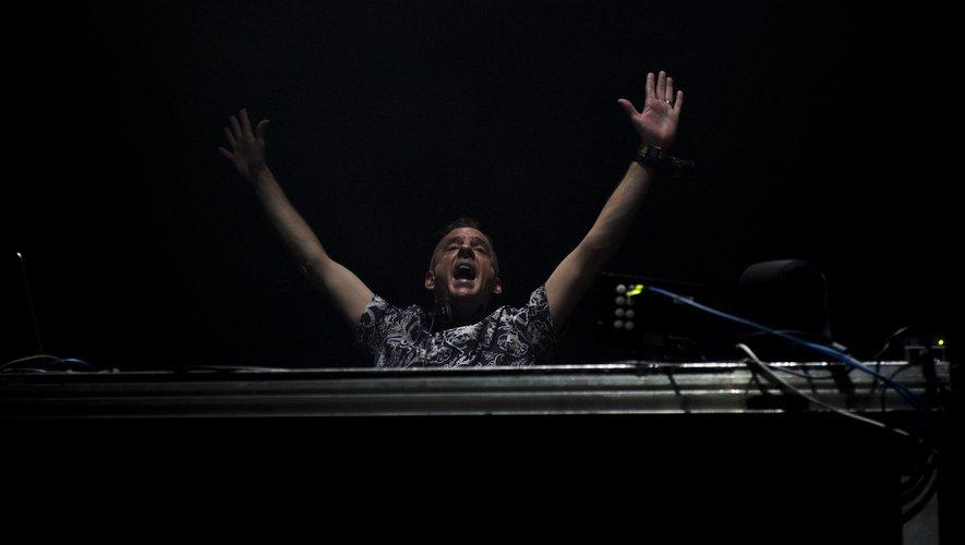 Le DJ britannique Fatboy Slim  va partir en tournée au Royaume-Uni en février 2019.