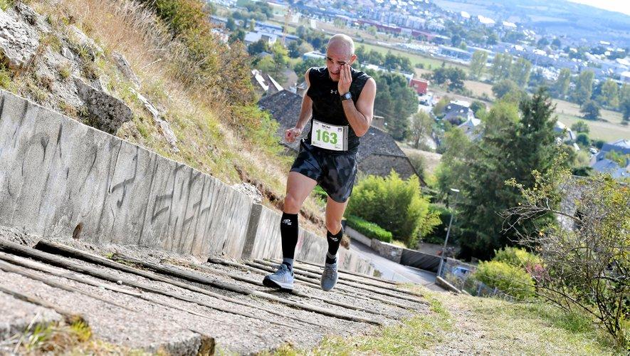 Vincent Bouzat a pu gérer la difficulté finale, la montée des escaliers vers la ligne d'arrivée, grâce à l'avance qu'il avait prise auparavant.