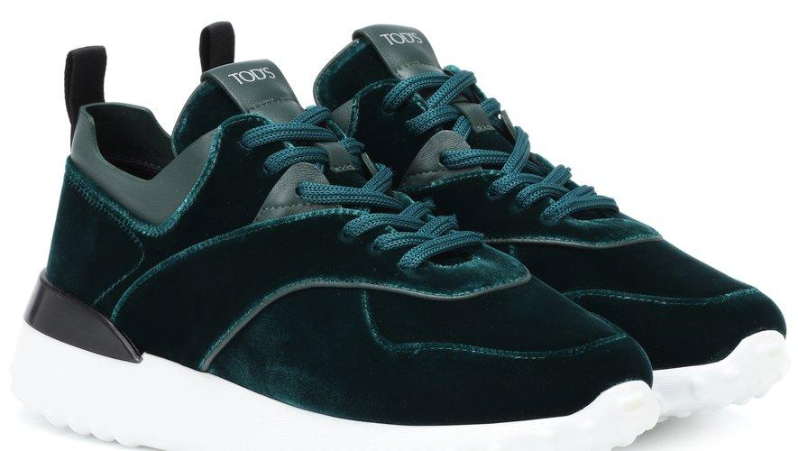 """Des sneakers viennent compléter la capsule """"Tod's x Mytheresa.com""""."""