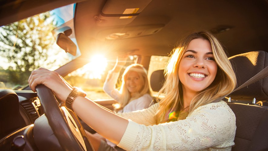 Près de 9 femmes sur 10 avouent aimer conduire.