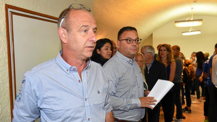 """Les deux présidents Olivier Ferrand et Benoît Courtin ont planté le décor : """" Quand le Roc marque des points, c'est l'Aveyron qui gagne ! """". JLB"""