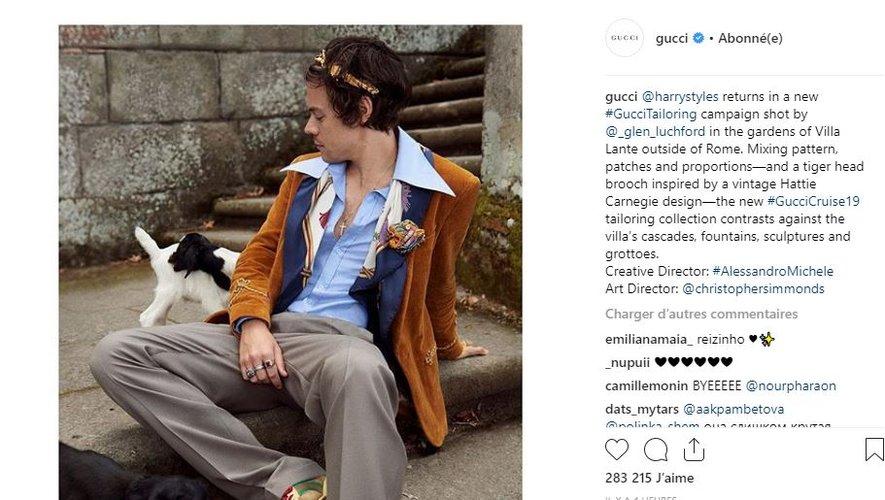 Harry Styles prend à nouveau la pose pour la maison Gucci.