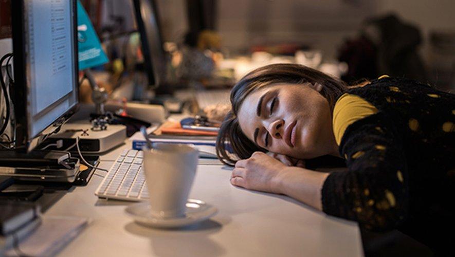 Les femmes qui travaillent la nuit voient leur risque de cancer du sein augmenter