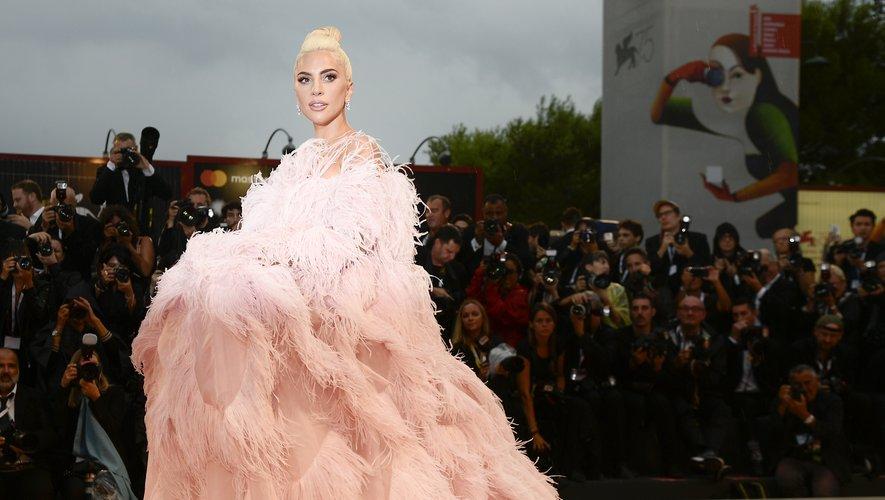 """Lady Gaga passe pour la première fois devant la caméra dans le film """"A Star is Born""""."""