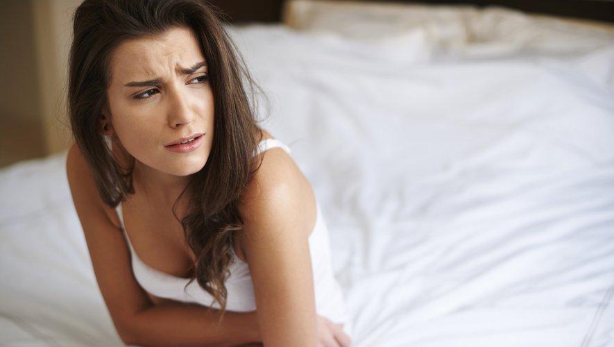 Les femmes souffrant d'une infection sexuellement transmissible (IST) non diagnostiquée peuvent faire l'expérience de symptômes prémenstruels (SPM) plus aigus