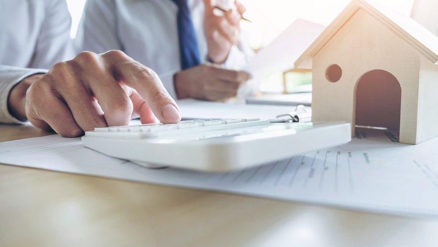 Pour la rentrée, les taux d'emprunt immobiliers restent stables tout en affichant quelques baisses.