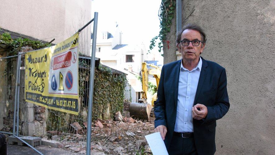 Alors que les travaux de déconstruction ont débuté, le maire a relaté les modalités de ce chantier exceptionnel.