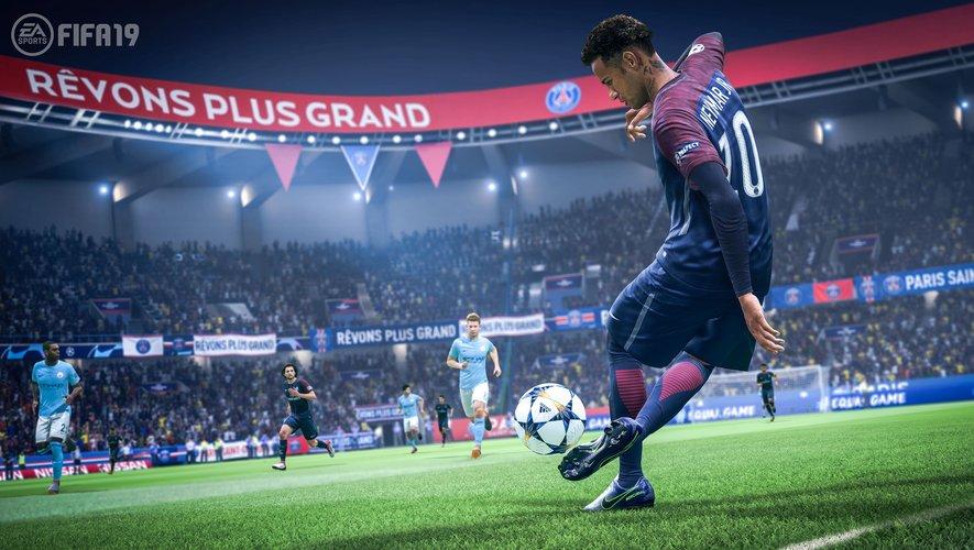 """Neymar Jr. du Paris Saint Germain contre Manchester City dans """"FIFA 19"""""""