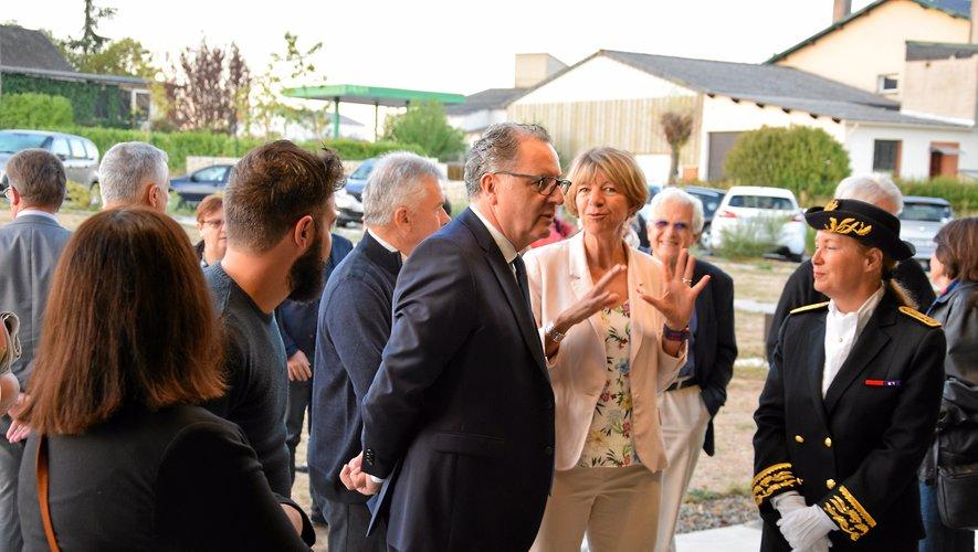 À Naucelle, accueilli parla députée Anne Blancet la préfète Catherinede La Robertie, Richard Ferrand a visité Terre Ségala.